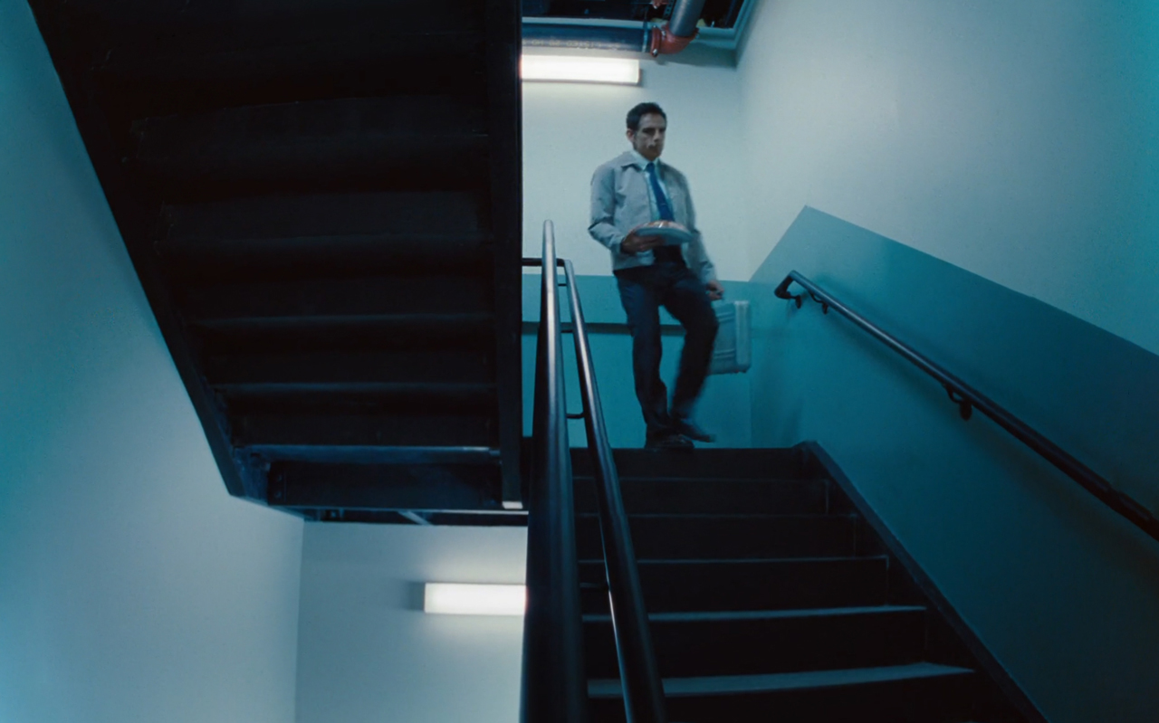 the-secret-life-of-walter-mitty_ben-stiller_staircase_film-panoramas